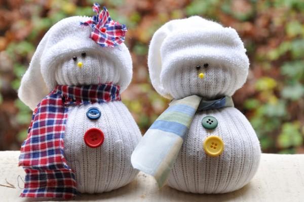 χιονάνθρωπος κάλτσες χειροτεχνία παιδιά ρύζι κουμπιά χριστούγεννα στολίδι diy craft snowman